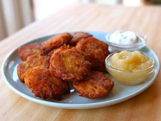 Gluten-Free Hanukkah Latkes - WorldRD® by Layne Lieberman, RD